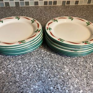 Lenox Country Holly 12 dessert plates